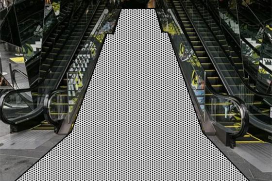 東急プラザ表参道原宿 階段広告